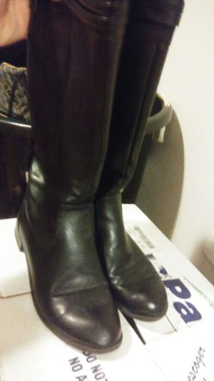 Ladies boots for Sale in Ailey, GA