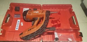 HILTI Gx 3 - Gas Actuated Fastening Tool Nail Gun for Sale in Queens, NY