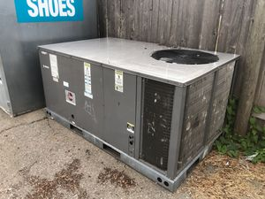 Ac heat pump condensing unit for Sale in Lynnwood, WA