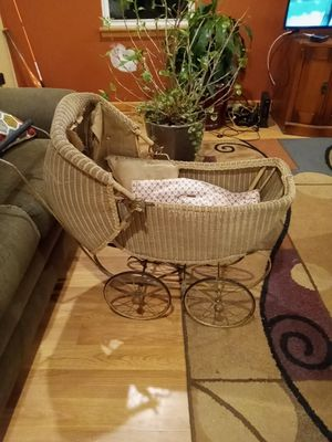 Antique baby carriage (1920s) for Sale in Runnemede, NJ
