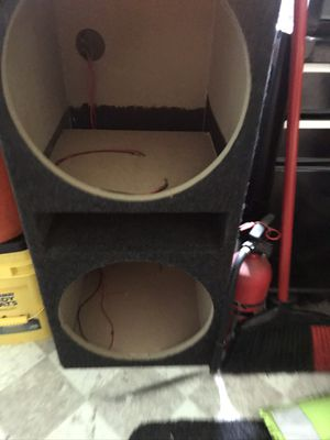"""15""""subwoofer box for Sale in Chicago, IL"""
