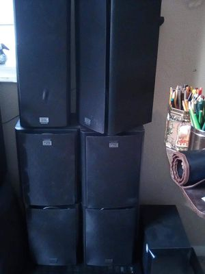 6 speakers and a sub thx brand audio surround for Sale in Pinetop, AZ