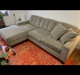 Chaise Lounge Couch for Sale in Brooklyn,  NY