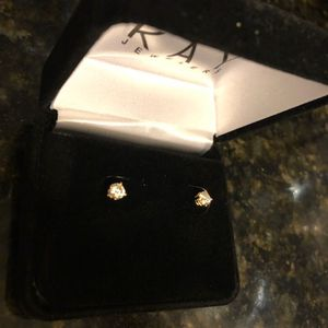 1/2Carat round diamond earrings for Sale in Marlow Heights, MD