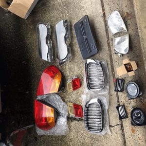 2003 BMW 328i Tail Lights Fog Lights Grille Parts Selling Everything Together for Sale in Redmond, WA