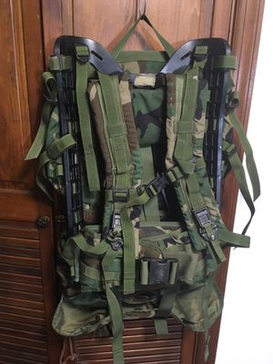 Campers, preppers, hikers: US Army woodland camo Molle rucksack for Sale in Kearny, NJ