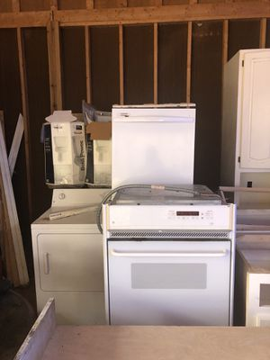 Kitchen appliances and generators for Sale in Gainesville, GA