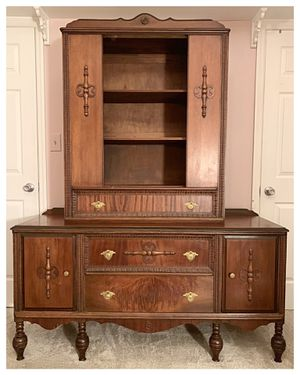 1930s Vintage Tiger Wood Buffet Sideboard and Bookshelf Hutch for Sale in Spring Hill, TN