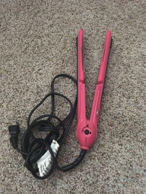 Straighten hair iron for Sale in Chicago, IL