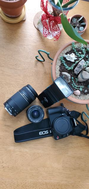 Canon EOS Digital Rebel XTi 400d Camera With Accessories for Sale in Bloomington, IN
