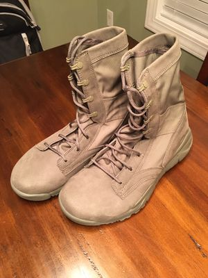 Nike Boots size 11 for Sale in Chapin, SC