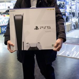 New PS5 - PlayStation 5 Disc Edition - Never Opened for Sale in Tampa, FL