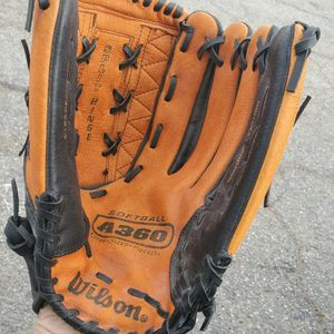 "baseball glove, 14,"" for Sale in Moreno Valley, CA"