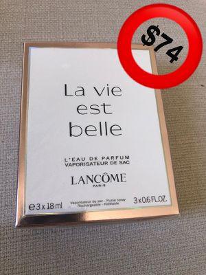 La Vie est belle (purse perfume) for Sale in San Carlos, CA