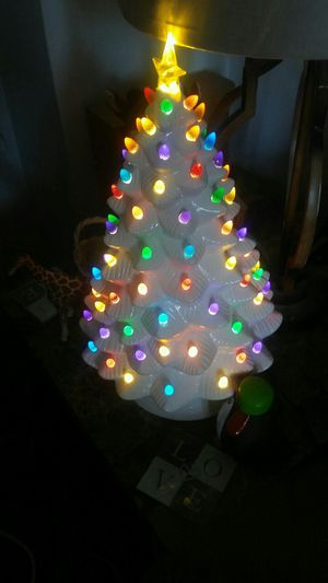 Artificial White Christmas tree for Sale in TN, US