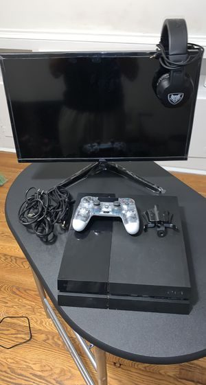 Onn. Pc Monitor/ 1TB Ps4 w/ 2 Controllers & Headphones/ Strikepack Fps Dominator/// $320 OBO for Sale in New Britain, CT