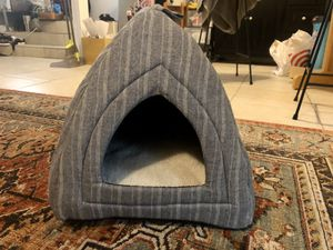 Little Dog Bed for Sale in San Jose, CA