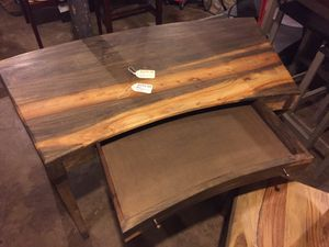 Desk with chair for Sale in Nashville, TN