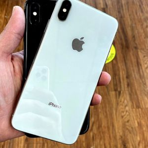 iPhone X Unlocked With Warranty for Sale in Monroeville, PA